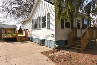 Bismarck Single Family Home For Sale: 524 20th Street N