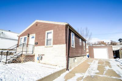 Mandan Single Family Home For Sale: 1002 2nd Street NE