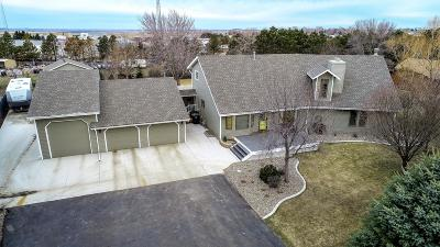 Mandan Single Family Home For Sale: 4001 Old Red Trail NW