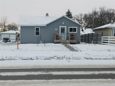 Mandan Single Family Home For Sale: 608 10th Avenue SW