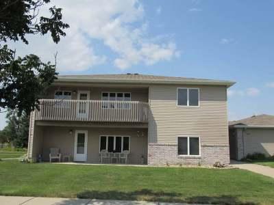 Bismarck Condo/Townhouse For Sale: 836 Bridgeport Drive #3