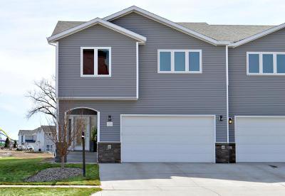 Mandan Single Family Home For Sale: 2236 Shoal Loop SE