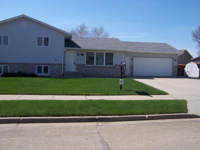 Mandan Single Family Home For Sale: 1113 23rd Street Se Street