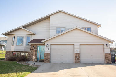Mandan Single Family Home For Sale: 907 20th Street SE