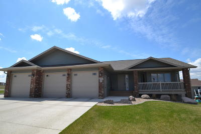 Bismarck Single Family Home For Sale: 4302 Opal Drive