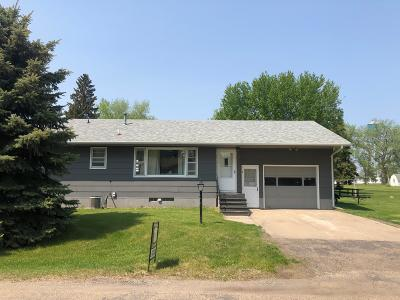 Steele ND Single Family Home For Sale: $160,000
