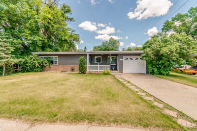 Hazen ND Single Family Home For Sale: $165,000
