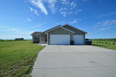 Bismarck Single Family Home For Sale: 5918 Kayley Drive