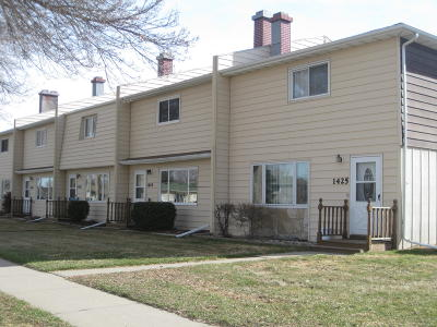 Bismarck Condo/Townhouse For Sale: 1423 Eastwood Street