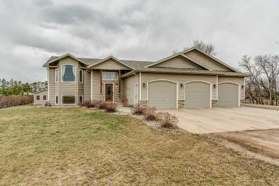 Bismarck Single Family Home For Sale: 5310 Brookwood Place