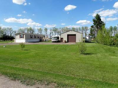 Mandan Mobile/Manufactured For Sale: 506 Square Butte Road N