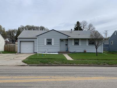 Bismarck Single Family Home For Sale: 1705 N 4th Street