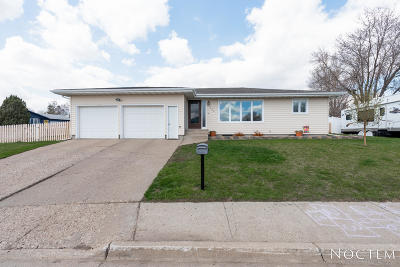 Mandan Single Family Home For Sale: 500 6th Street NE