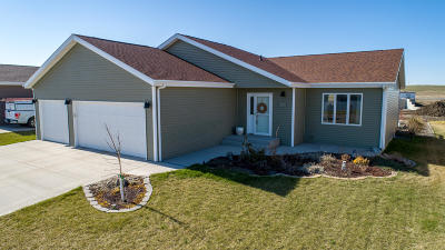 Bismarck Single Family Home For Sale: 3464 Doubleday Drive