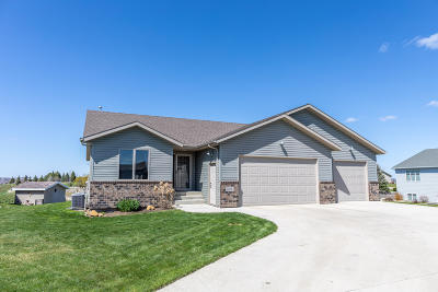 Mandan Single Family Home For Sale: 502 Lincoln Court SE