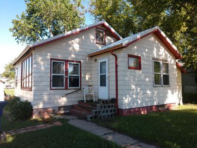 Center Single Family Home For Sale: 217 2nd Avenue NE
