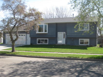 Bismarck Single Family Home For Sale: 1417 Portland Drive