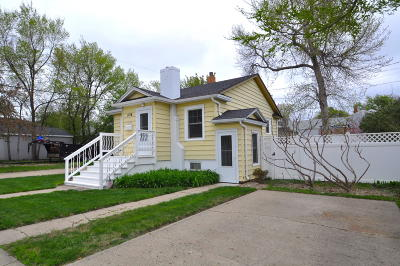Single Family Home For Sale: 1214 E Ave C E
