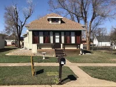 Glen Ullin ND Single Family Home For Sale: $49,900