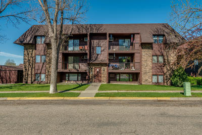 Bismarck Condo/Townhouse For Sale: 2036 N Kavaney Drive #4