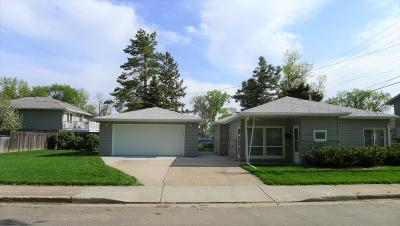 Single Family Home For Sale: 1215 E Ave F