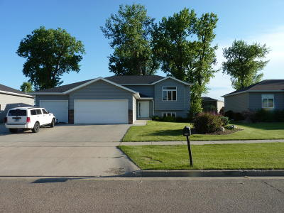 Mandan Single Family Home For Sale: 4307 South Bay Drive SE