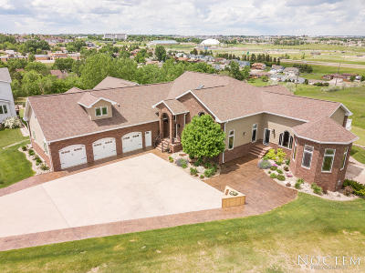 Bismarck Single Family Home For Sale: 1916 Harding Place