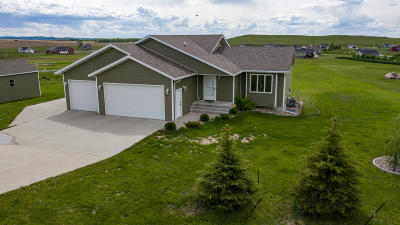 Bismarck Single Family Home For Sale: 7030 Derek Drive