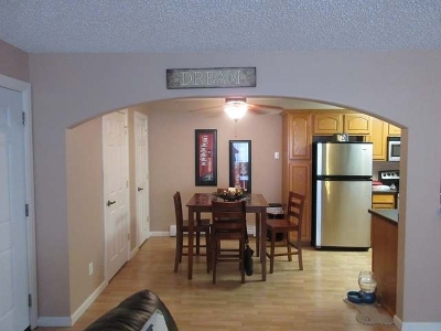 Bismarck Condo/Townhouse For Sale: 120 Lake Avenue #11