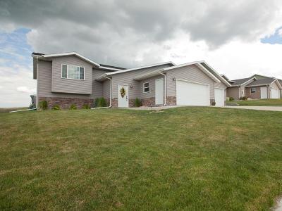 Mandan Single Family Home For Sale: 4712 Corvette Street NW