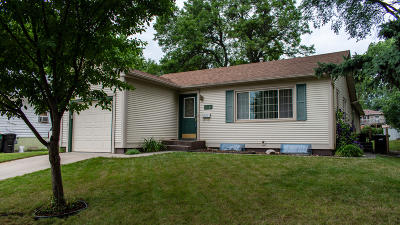 Bismarck Single Family Home For Sale: 322 W Ave F W