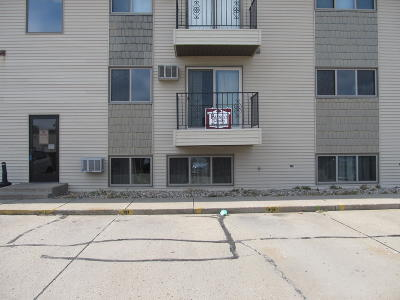 Bismarck Condo/Townhouse For Sale: 1112 Portland Drive #201