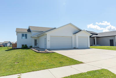 Mandan Single Family Home For Sale: 1309 Shires Drive SE