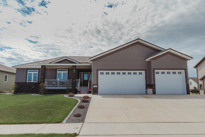 Mandan Single Family Home For Sale: 1507 Canyon Road SW