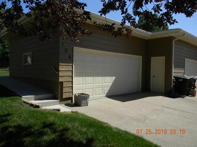 Bismarck Condo/Townhouse For Sale: 106 E Brandon Drive