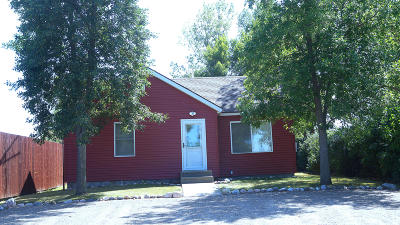 Pick City Single Family Home For Sale: 161 1 Road NW