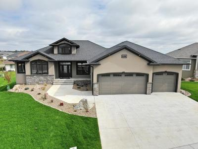 Bismarck Single Family Home For Sale: 5705 Crested Butte Road