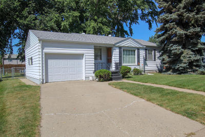 Bismarck Single Family Home For Sale: 1424 N 12th Street