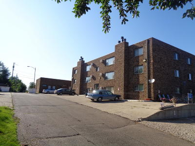 Bismarck ND Condo/Townhouse For Sale: $123,900