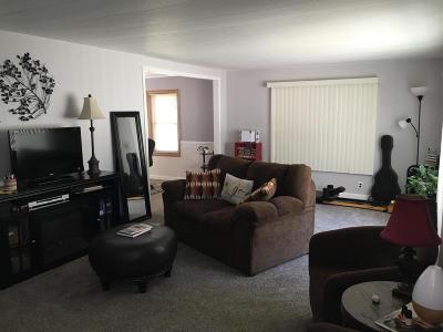 Mandan Single Family Home For Sale: 208 Schlosser Avenue SE
