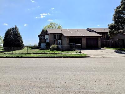 Mandan Condo/Townhouse For Sale: 4401 Crown Point Road NW