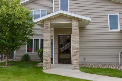 Mandan Condo/Townhouse For Sale: 2100 Sundancer Loop SE #5