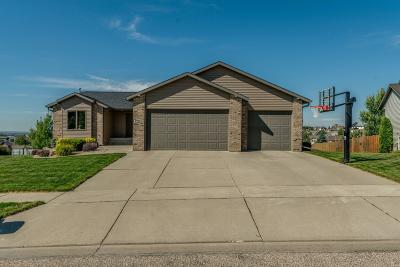 Bismarck Single Family Home For Sale: 4814 Fountainblue Drive