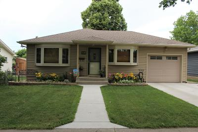 Bismarck Single Family Home For Sale: 1108 N 19th Street
