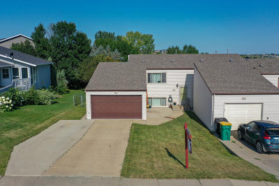 Bismarck Single Family Home For Sale: 3269 E Capitol Avenue
