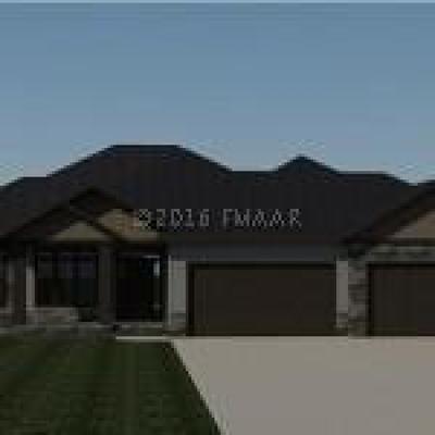 Fargo Single Family Home For Sale: 6800 Crofton Lane S