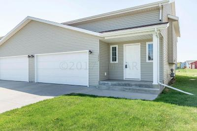 Moorhead MN Single Family Home For Sale: $169,900