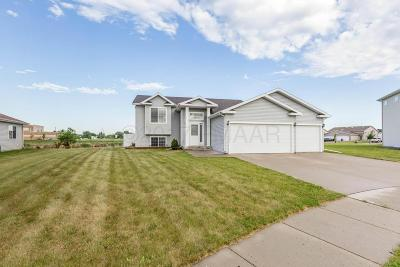 Moorhead MN Single Family Home For Sale: $224,900