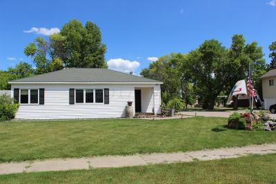 Barnesville Single Family Home For Sale: 224 4 Street SE