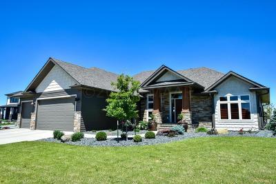 West Fargo Single Family Home For Sale: 1052 49 Terrace W